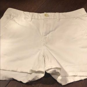 American eagle size 8 white shorts